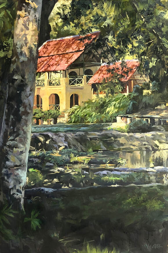 Picturesque estate by creek